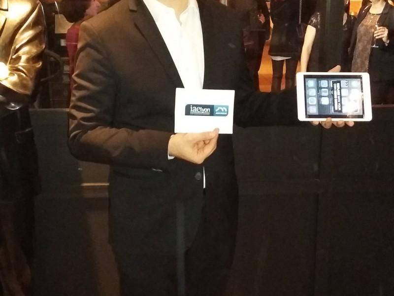 Hervé Troccaz, magicien IPAD et close-up à Lyon pour le gala de l'IAE Lyon 3