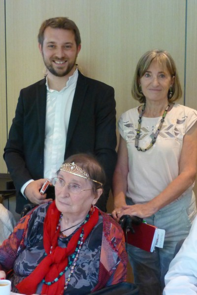 Magicien close-up à Lyon pour un anniversaire au restaurant Fond Rose à Caluire