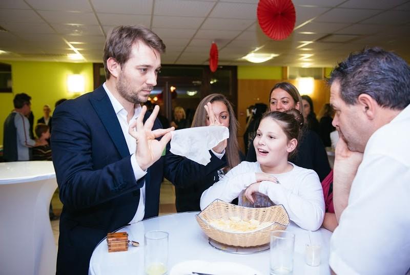Magicien et mentaliste à Grenoble en Isère