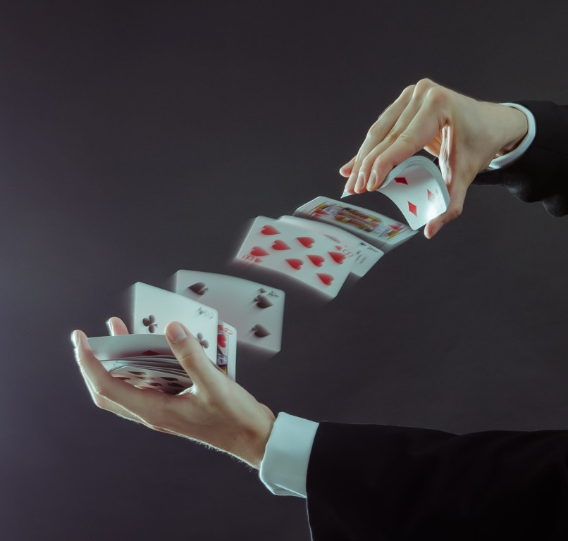 Magicien close-up et mentaliste à Lyon