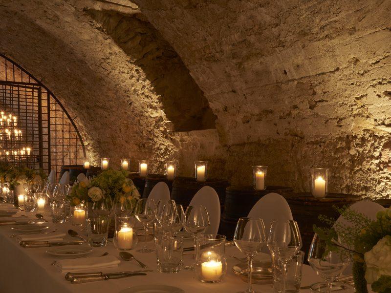 Château de Bagnols : salle des tonneaux