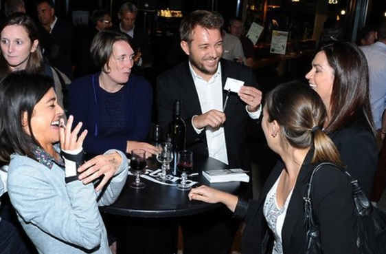Magicien mentaliste à Chambéry pour une soirée d'entreprise