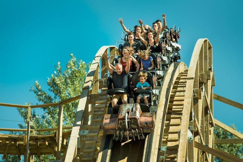 Timber, la nouvelle montagne russe qui envoie du bois ! / crédits photo : Benoît Gillardeau
