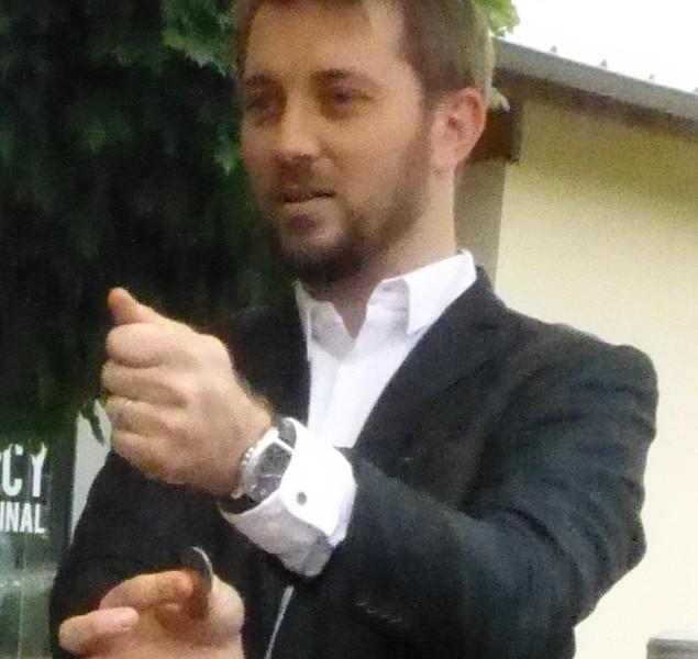 Magicien close-up à Saint-Didier-au-Mont d'Or près de Lyon