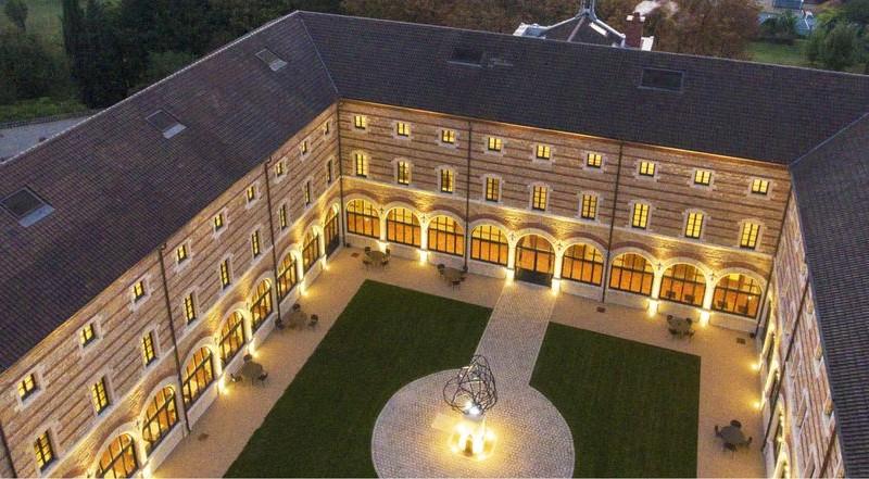 Fourvière Hôtel, la cour