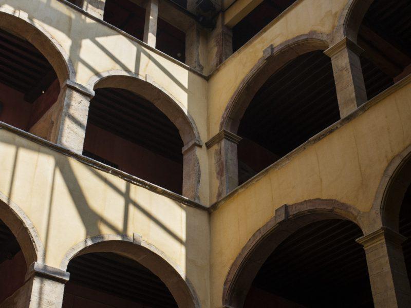 La cour des Loges à Lyon
