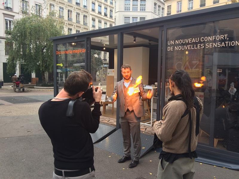 Magicien mentaliste à Lyon pour L'Emotion GAZ