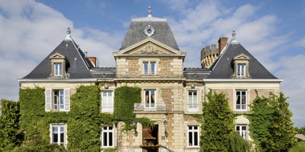 Magicien mentaliste en Isère pour un séminaire au Château Faverges-de-la-Tour