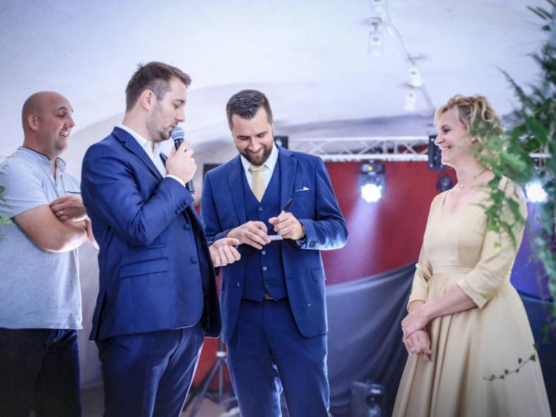 Magicien mentaliste à Mâcon pour un mariage au Château de Salornay
