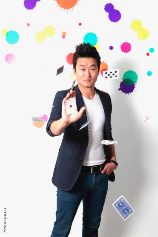 Magicien mentaliste à Paris : Hiro